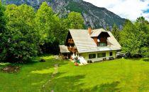 Есть ли необходимость в оформлении дачного дома, если земля уже пребывает в собственности
