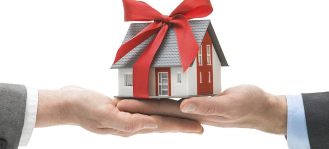 Оформление договора дарения с правом пожизненного проживания дарителя