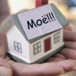 маленький домик на руках