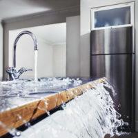 Процедура оценки ущерба при затоплении квартиры: необходимость проведения и особенности