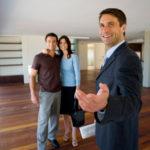 При показе заострить внимание на явных достоинствах квартиры